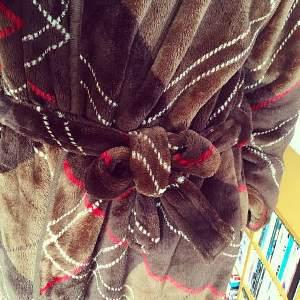 グルーニー着る毛布9