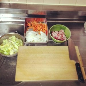 狭いキッチン調理スペース3