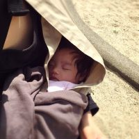 【akoakoのスリングの使い心地】首すわり前の新生児から使えて上の子の幼稚園送り迎えに大活躍☆