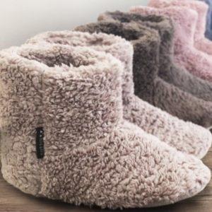 ルームシューズで暖かい冬、足首まであるのがほしい!厳選6つを細かく比べっこして検討